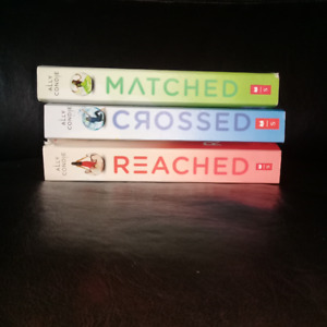 MATCHED book trilogy - awesome condition