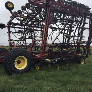 2008 SEEDHAWK  66 ft DRILL 500 TANK.....OFFERS Regina Regina Area image 2