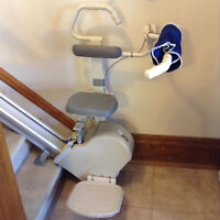 DUAL ACORN CHAIRLIFT 12 FEET 143 INCHES FOR STANDING OR SITTING