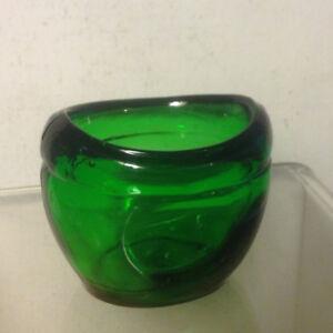 Antique Medical Pharmacy Green Glass Eye-bath Eyebath Wash Cup