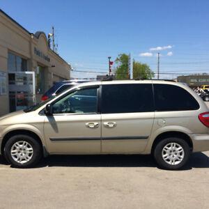 ****Mint Condition 2007 Dodge Caravan SXT Minivan, Van****