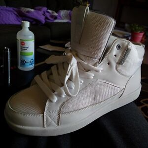 Cadillac shoes in white 10.5
