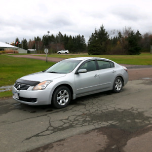 2009 Nissan Altima 2.6S  - accepting offers
