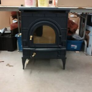 vermont castings dutchwest cat woodstove small