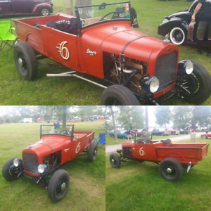 Traditional Hot Rod roadster pick up