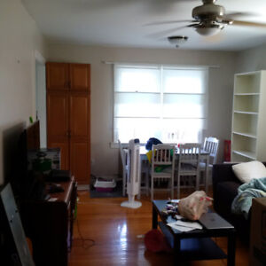 Locke and Aberdeen 1 bedroom with den and huge deck