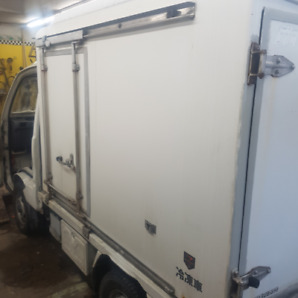 mini truck reefer body clean low kms 5 speed A\C  REFRIGERATOR