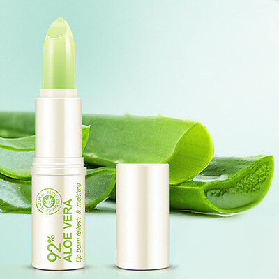 Essence Hydrating Moisture Melt Aloe Vera Long-Lasting Lip Balm Color lipstick