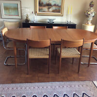 Teak table  with 4 chairs