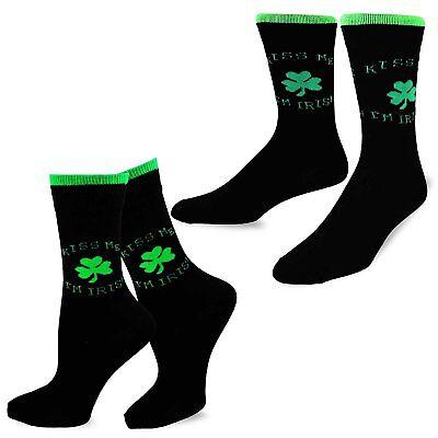 TeeHee St. Patricks Day Woman and Man Couple  Crew Socks 2pk (Kiss Me) - St Patricks Day Socks