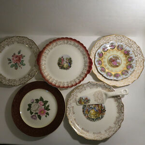6 Plates Serving Platters European Dishes Floral Christmas Kitchener / Waterloo Kitchener Area image 1