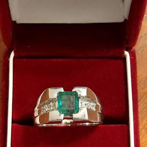 Men silver ring with genuine emerald