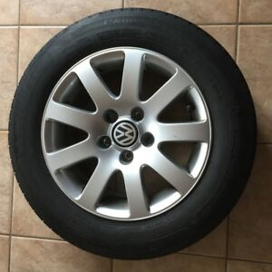 4 - Alloy Rims with Tires: 195/65 R15 - Michelin Primacy  MXV4