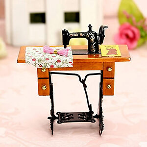 1PCS Vintage Retro Miniature Furniture Sewing Machine for 1/12 Scale Dollhouse