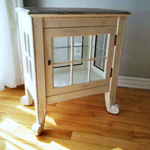Petit meuble d'appoint style Shabby chic