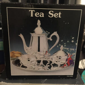 NEW Silver Plated Tea Coffee Set