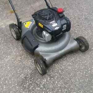 Craftsman lawnmower like new and edger 125 obo