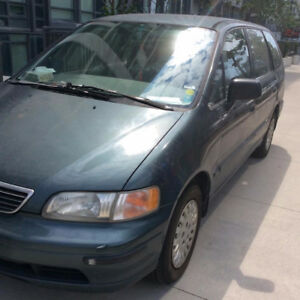 Honda Odyssey  Van driving & maintained condition for fast sale