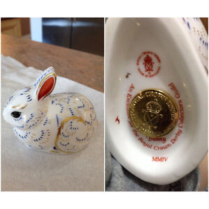 "Imari Royal Crown Derby ""Baby Bunny"" Paperweight..Gold Stopper."