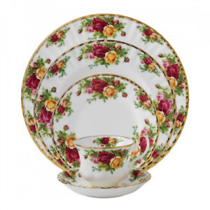 Royal Albert Country Roses - 5 piece place setting