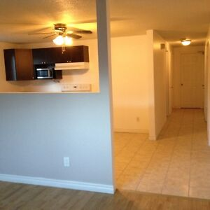 2 Bedroom apartment, ONE MONTH FREE RENT ONLY 699$