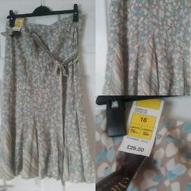 M&S Classic Beige Print Skirt Size 16 BNWT RRP £29.50