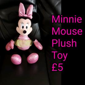 Minnie Mouse Plush Toy.