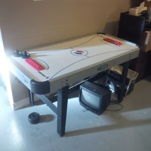 Sportcraft Air hockey Game