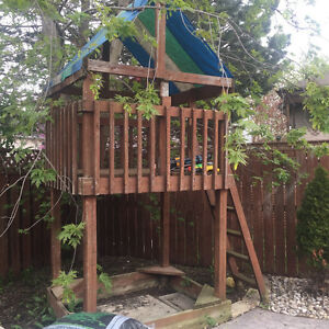 Treehouse- wooden