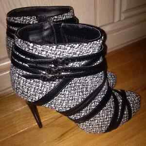 New Ankle Boots Size 8
