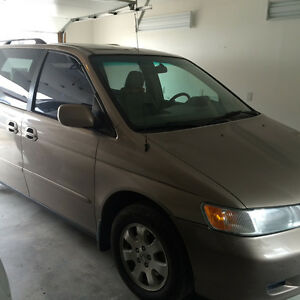 2004 Honda Odyssey Minivan/ swap to small car