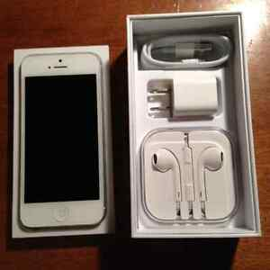 IPHONE 5 WHITE WITH BELL