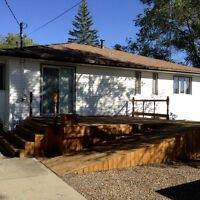 House for Sale Small town living! Empress Alberta