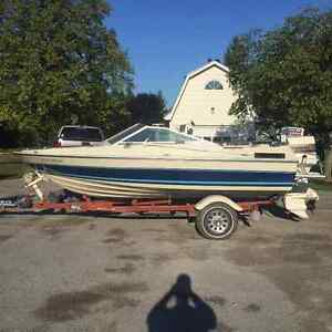 16 foot Doral Boat with 140 Johnson Outboard Motor