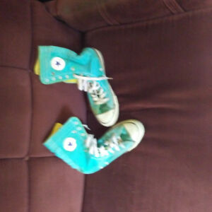 Converse high top stage shoes