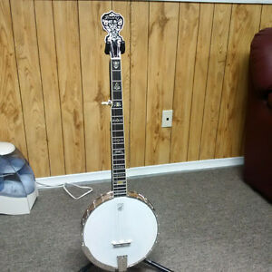 "Deering ""Clawgrass 2"" open back banjo"