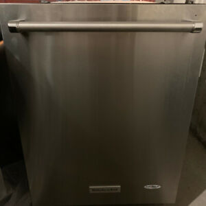 KitchenAid Built-in Dishwasher Stainless Steel In Great Shape