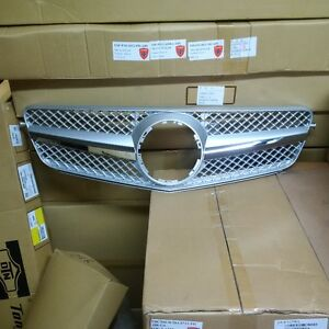 MERCEDES GRILLE C300 C350 C280 C240 C63 LOOK FOR ALL W04