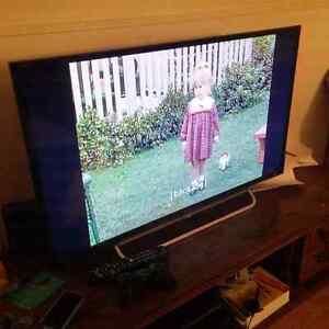 """Sony Bravia 40"""" smart tv"""