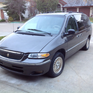 1997 Chrysler Town & Country LXi Other