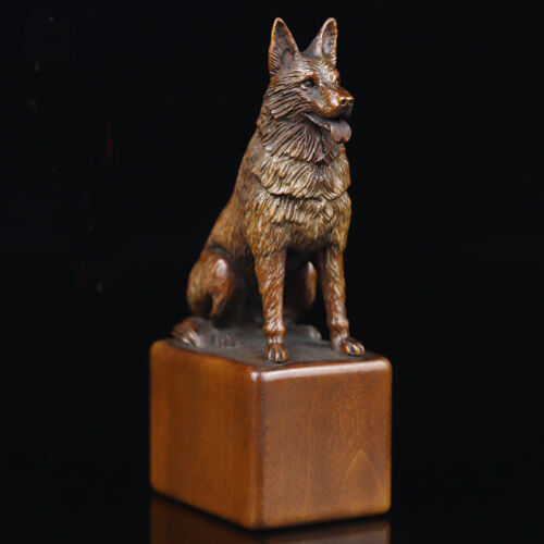 GY015 - 10 x 5.3 x 3.4 CM Carved Boxwood Carving Figurine : Dog Or Wolf ?
