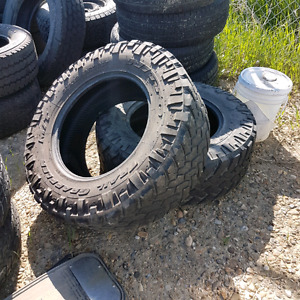 2 x nitro terra grappler mt 37 x12.5 r 20