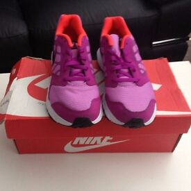 2 GIRLY TRAINERS FOR QUICK SALE SIZE 4 ( PICK UP BEARSDEN ) PERFECT CONDITION