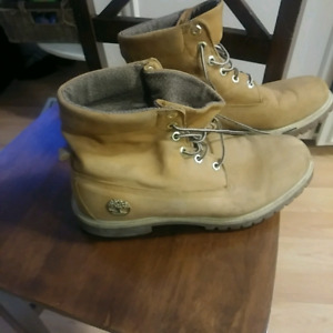 Timberland boots 9.5