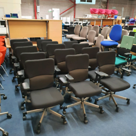 Second hand Let's B Steelcase Task Chairs, huge Glasgow Showroom