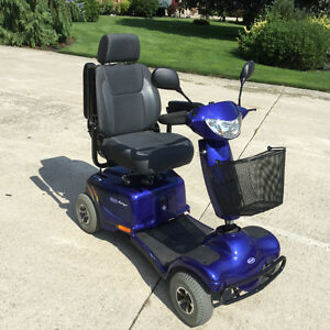 INVACARE Auriga 4 wheel mobility scooter floor model