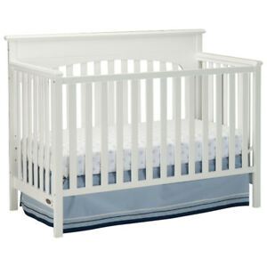 Graco Lauren 4-in-1 Convertible Crib-White New in Box