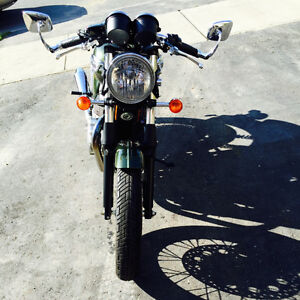 2013 Triumph Thruxton - Safetied - Only 2,500 km!!