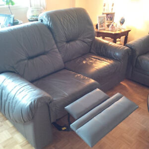 Genuine USED Leather Sofa set with RECLINERS