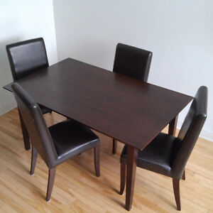 Dining Room Table with 4 Chairs for Sale